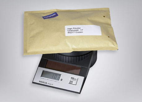 Briefwaage mit Brief