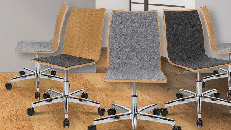 Konferenzstühle mit Rollen