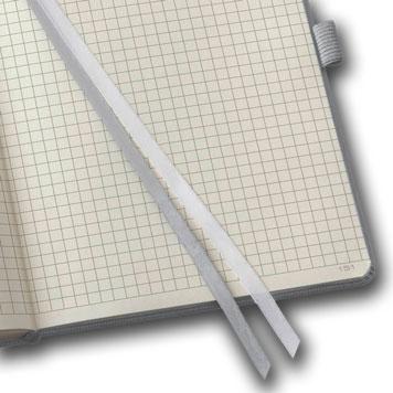 Karriertes Notizbuch
