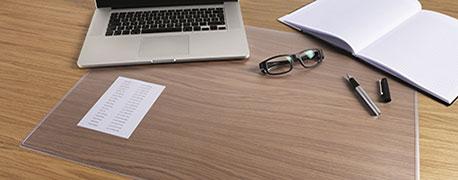 Transparente Schreibtischunterlage